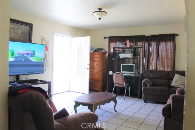 1475 W 5th Street, San Bernardino CA: http://media.crmls.org/medias/543bef96-7b56-4050-a175-762c32d0bc5b.jpg