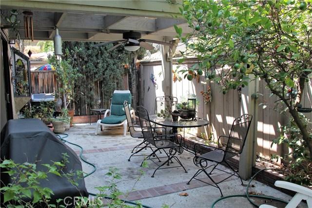 1940 Driftstone Drive, Glendora CA: http://media.crmls.org/medias/54467faf-a923-4ffe-b9f7-e6624d931965.jpg