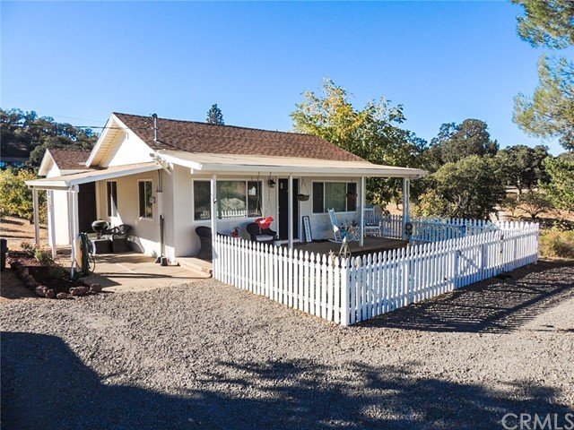 847 Crystal Lake Way, Lakeport CA: http://media.crmls.org/medias/544a1d6b-21f3-4e44-b9e2-0e6b3204724a.jpg