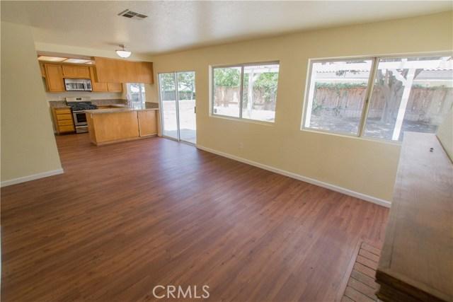11511 Bryn Mawr Avenue, Loma Linda CA: http://media.crmls.org/medias/54525568-0d8b-44a5-b720-118f25e24f4b.jpg