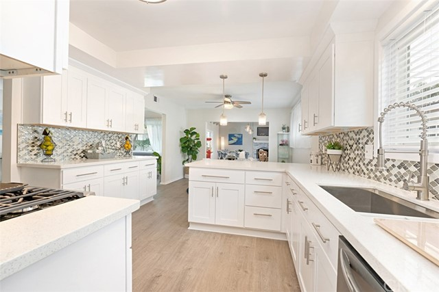 912 214th Street, Torrance, California 90502, 3 Bedrooms Bedrooms, ,1 BathroomBathrooms,Single family residence,For Sale,214th,OC20016855