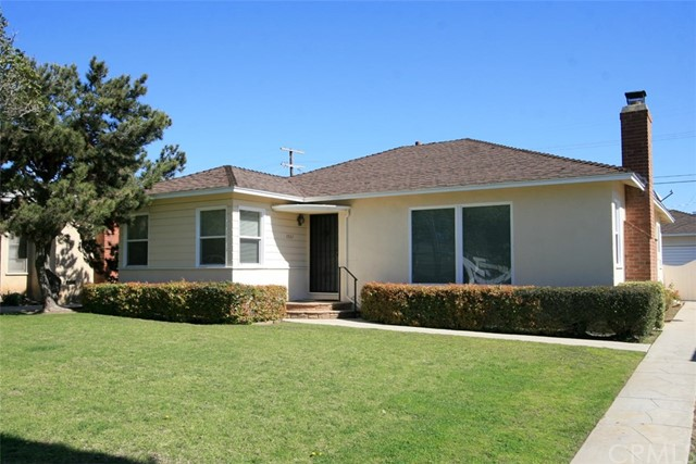 Single Family Home for Sale at 7962 Mcconnell Avenue Westchester, California 90045 United States