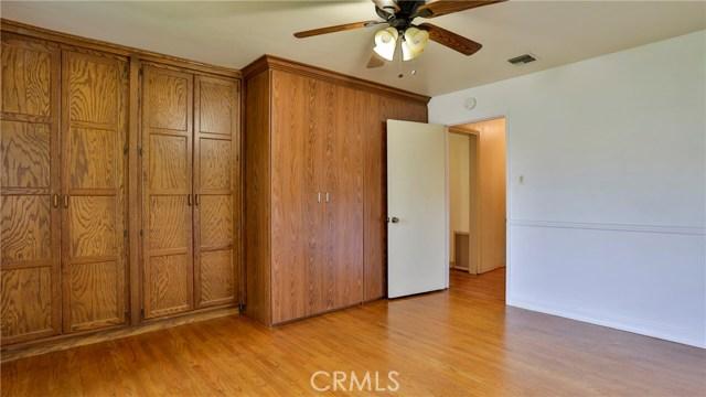 823 Glendenning Way, San Bernardino CA: http://media.crmls.org/medias/547598f0-6486-4887-895d-a3432e61076d.jpg
