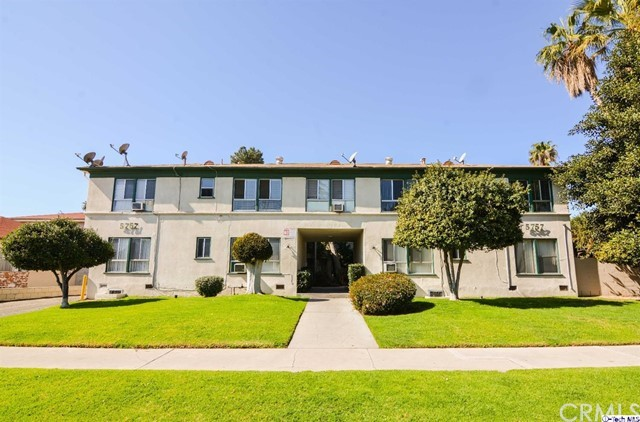 Residential Income for Sale at 5757 Willowcrest Avenue 5757 Willowcrest Avenue North Hollywood, California 91601 United States