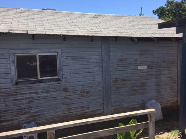 1128 Sierra Avenue, Oroville CA: http://media.crmls.org/medias/549d8d8b-c800-4111-8f4c-c4858420f33b.jpg