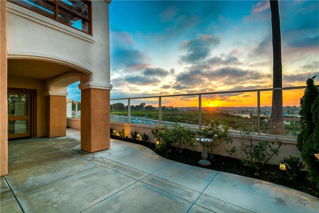 104 Villa Point Drive Newport Beach, CA 92660