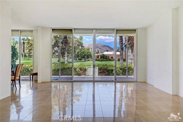 47043 Arcadia Lane, Palm Desert CA: http://media.crmls.org/medias/54a42d6c-0a68-4b33-b612-f3454c5f91d3.jpg