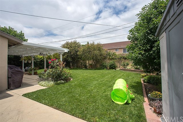 2913 E Hempstead Road, Anaheim CA: http://media.crmls.org/medias/54a5e278-5cc4-45ff-92d3-a6ac10ae8bef.jpg