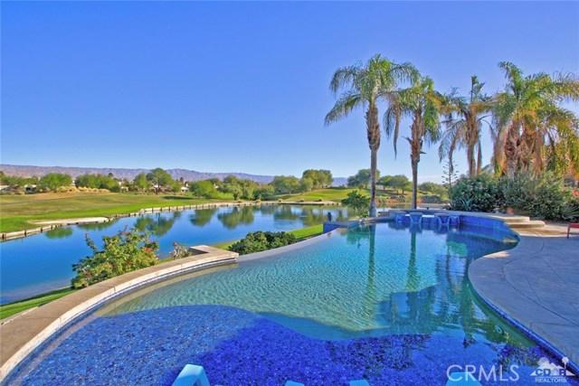 104 Loch Lomond Road, Rancho Mirage CA: http://media.crmls.org/medias/54a9a8e9-e2eb-4298-9bb7-0464c43fe68f.jpg