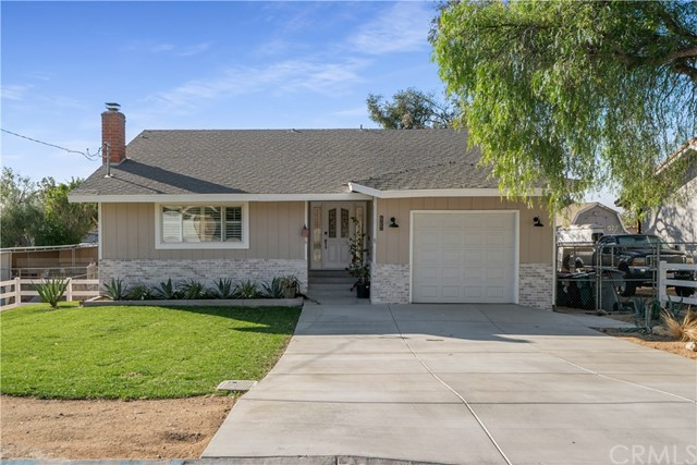 Detail Gallery Image 1 of 26 For 3938 Crestview Dr, Norco,  CA 92860 - 3 Beds | 2 Baths
