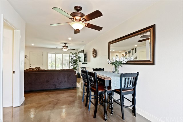 9565 Bickley Drive, Huntington Beach CA: http://media.crmls.org/medias/54ae9716-f25d-471e-b542-86110778d22a.jpg