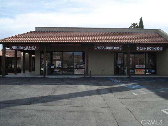 零售 为 销售 在 57353 Twentynine Palms Yucca Valley, 92284 美国