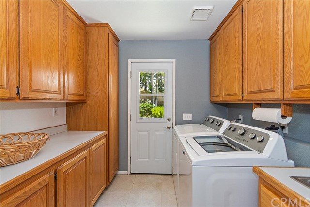 1203 Duke Lane, Walnut CA: http://media.crmls.org/medias/54cd2fa9-9810-40cd-aedf-d304a0e2d061.jpg