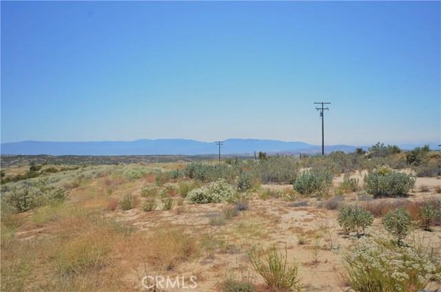 35052 Hobbiton Road, Sage CA: http://media.crmls.org/medias/54d4780c-1f94-4a9b-bb42-03daeb47d60e.jpg
