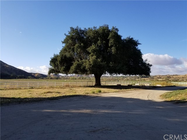 Land for Sale at 44735 Hwy 79 Aguanga, California 92536 United States