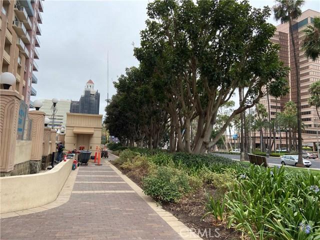 388 E Ocean Boulevard, Long Beach CA: http://media.crmls.org/medias/54dfeaa4-d302-457e-a17f-24ffa0e35aff.jpg