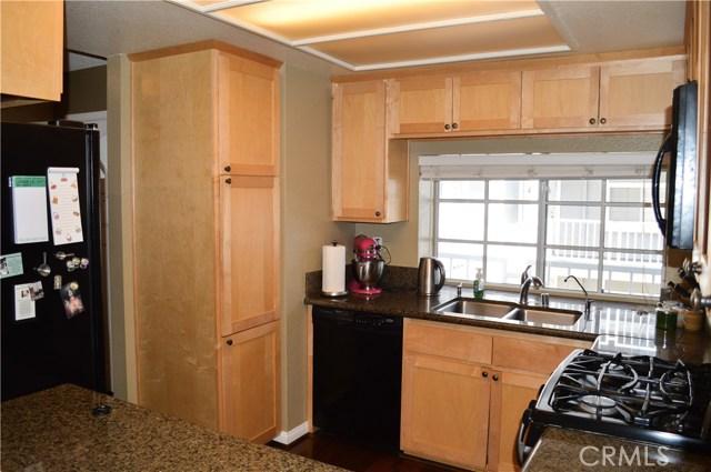 1406 Brett Place Unit 218 San Pedro, CA 90732 - MLS #: SB18284090