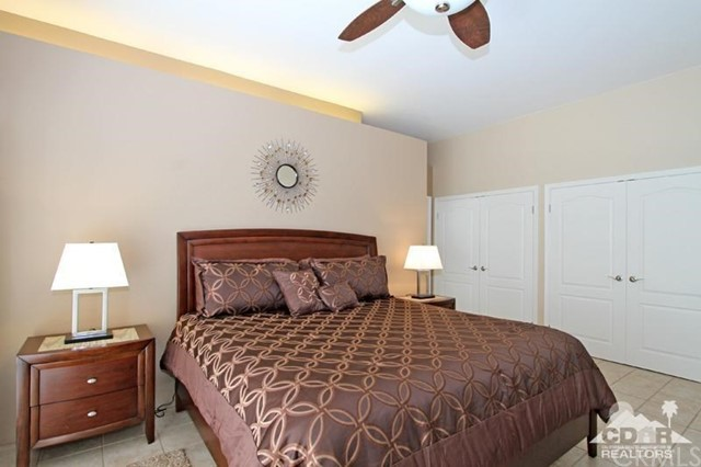 39 Colonial Drive, Rancho Mirage CA: http://media.crmls.org/medias/54f785f8-acbe-4993-a5eb-3ae93dc7fb7f.jpg