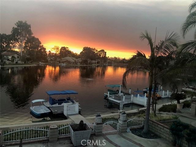 1553 Chalgrove Drive, Corona CA: http://media.crmls.org/medias/54fe7f04-b8ea-452b-9eb3-863a0721da58.jpg