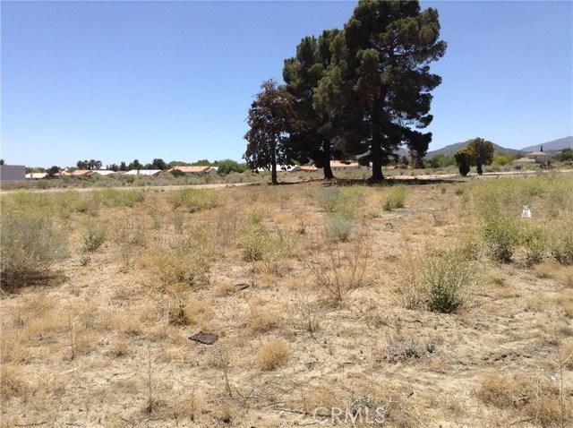 4351 Phelan Road, Phelan CA: http://media.crmls.org/medias/54ffda75-db2e-44fd-b49e-89d45c19e811.jpg