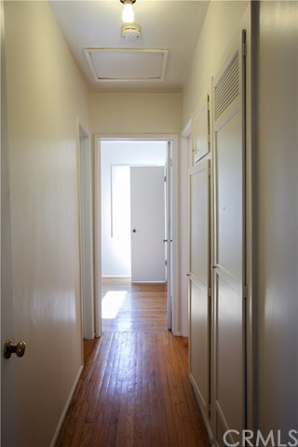 1222 W 187th W Street, Gardena CA: http://media.crmls.org/medias/55022b39-97cd-416c-9304-9391b2fcb26c.jpg