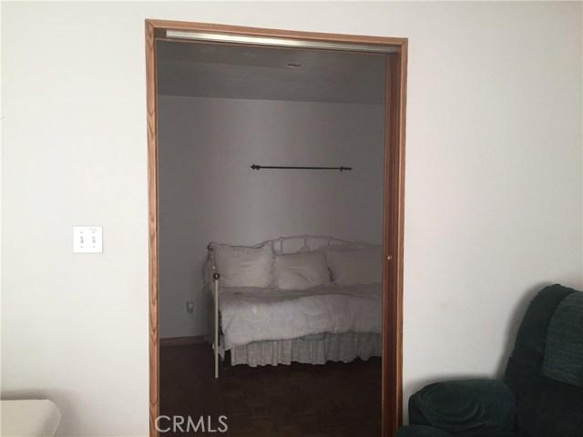 916 S Dora Street, Ukiah CA: http://media.crmls.org/medias/550c9f38-4b78-4932-97a8-ca452a63ebc4.jpg