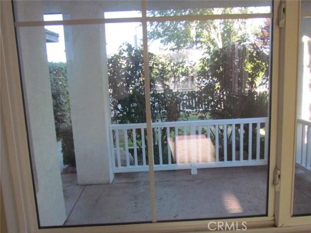 42205 57th W Street, Quartz Hill CA: http://media.crmls.org/medias/55344b7a-a444-48d8-b295-ad00aaaff291.jpg
