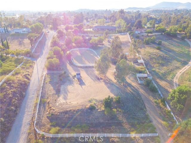 36370 Fino Vista Lane, Temecula CA: http://media.crmls.org/medias/553e7f5c-dd90-45aa-b2c3-ba4810b9f29b.jpg