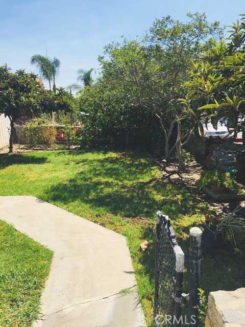 632 N East St, Anaheim, CA 92805 Photo 2