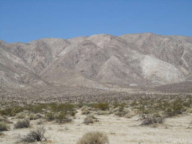 Single Family for Sale at 110 Rockhouse Truck Borrego Springs, California 92004 United States