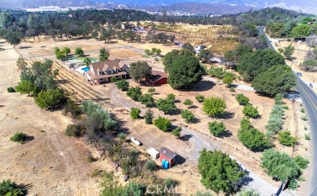独户住宅 为 销售 在 20475 Honey Hill Drive Hidden Valley Lake, 95467 美国