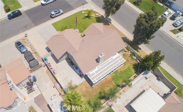 1145 Wildflower Street, Rialto CA: http://media.crmls.org/medias/5552b9b4-c52a-4b70-bf01-140e575655f4.jpg