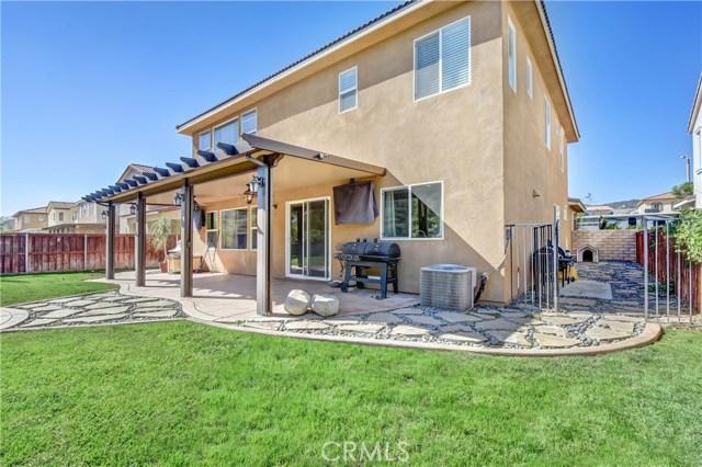 18239 Lapis Lane, San Bernardino CA: http://media.crmls.org/medias/555d086d-240b-4df8-824c-195abde96662.jpg