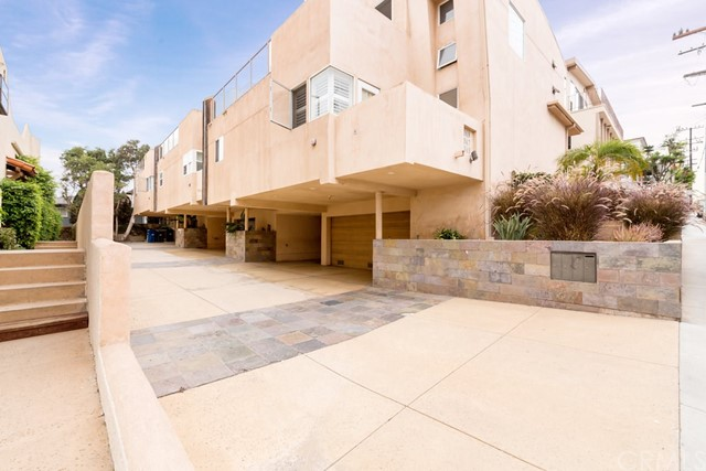 645 2nd Hermosa Beach CA 90254