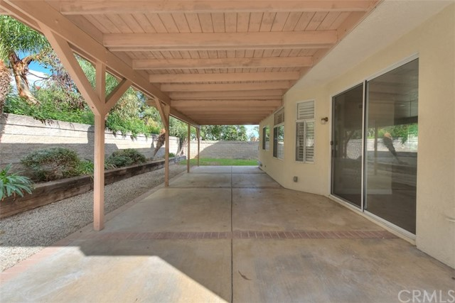 1916 Rancho Hills Drive, Chino Hills CA: http://media.crmls.org/medias/556ded5e-d993-4d21-b61c-6407d93585e3.jpg