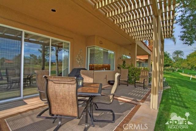 39 Colonial Drive, Rancho Mirage CA: http://media.crmls.org/medias/5571aab8-99c4-4e76-b8e2-0a4ad13030b2.jpg