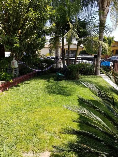 4643 Myrtle Street, Pico Rivera CA: http://media.crmls.org/medias/557709c5-6e63-4ac2-a03b-a7a1c8309e31.jpg