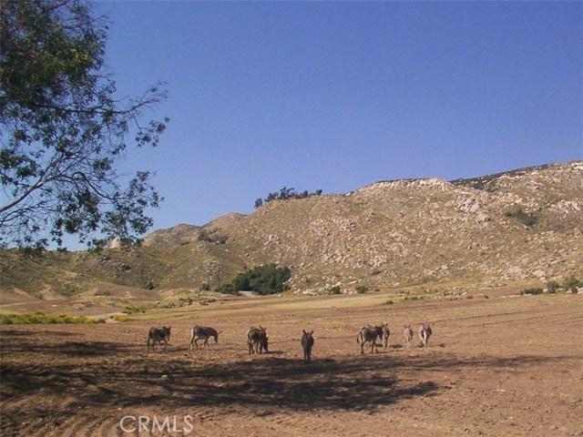 9229 Box Springs Mountain Road, Moreno Valley CA: http://media.crmls.org/medias/557d6e98-fdda-4fb7-846b-a5f694f02e80.jpg