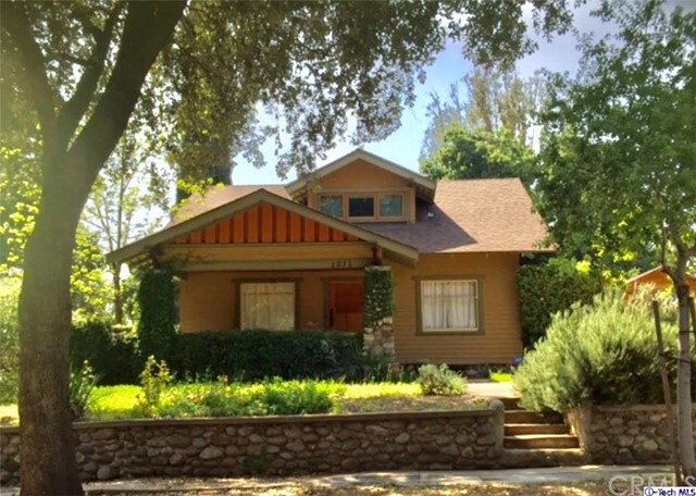 Single Family Home for Rent at 1071 Marengo Avenue N Pasadena, California 91103 United States