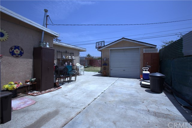 6644 7th Avenue Los Angeles, CA 90043 - MLS #: PW17009284