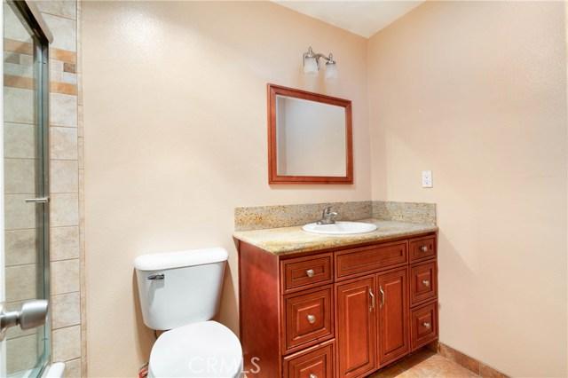 2921 Lake Avenue, Altadena CA: http://media.crmls.org/medias/55a23f23-d00a-410c-80e6-72b2a603e447.jpg