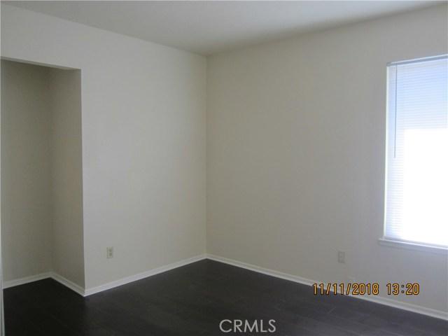 11212 Greenhurst Drive, Riverside CA: http://media.crmls.org/medias/55a8efb9-af67-4142-8e73-bb699f3fef9d.jpg