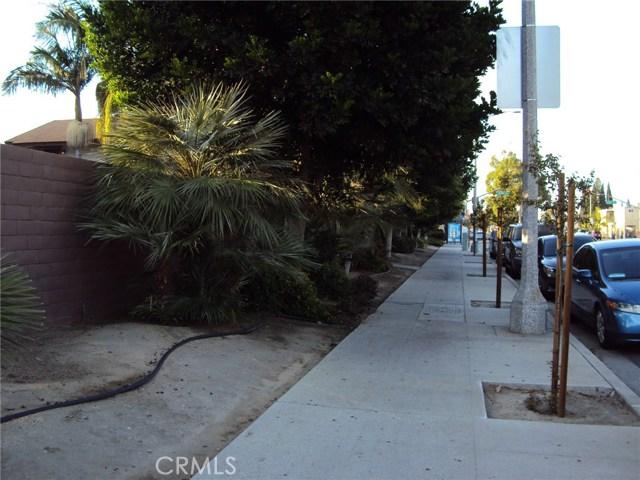 2231 Santa Fe Avenue # 13 Long Beach, CA 90810 - MLS #: PW17209687