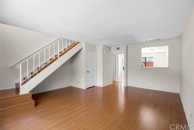 26106 Hillsford Place, Lake Forest CA: http://media.crmls.org/medias/55b9619e-f8ac-4252-b97d-b72b6c0d853e.jpg