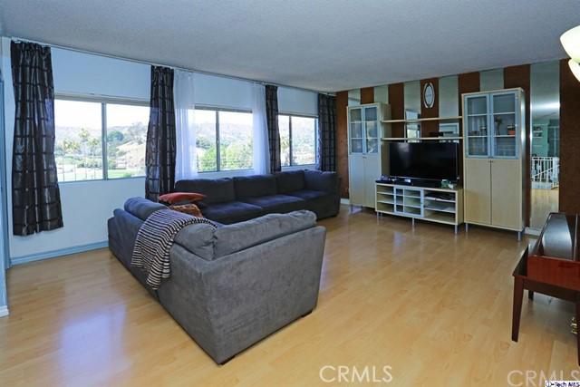 1659 Silver Oak Terrace, Eagle Rock, California 90041, 3 Bedrooms Bedrooms, ,1 BathroomBathrooms,Residential,For Sale,Silver Oak,319003027