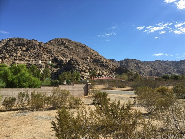 0 yucca rd Apple Valley, CA 92307 - MLS #: SW18209772