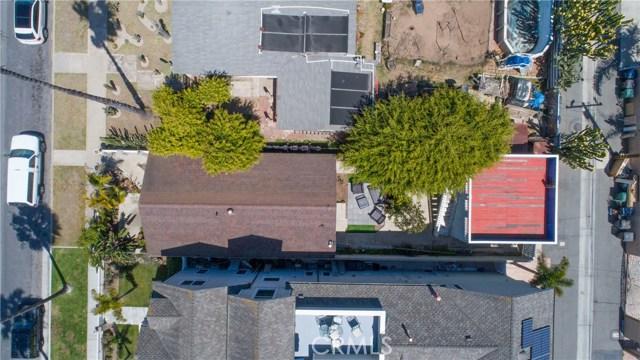 716 14th Street, Huntington Beach CA: http://media.crmls.org/medias/55c1cdc8-299f-4e93-869c-312a05a8a916.jpg