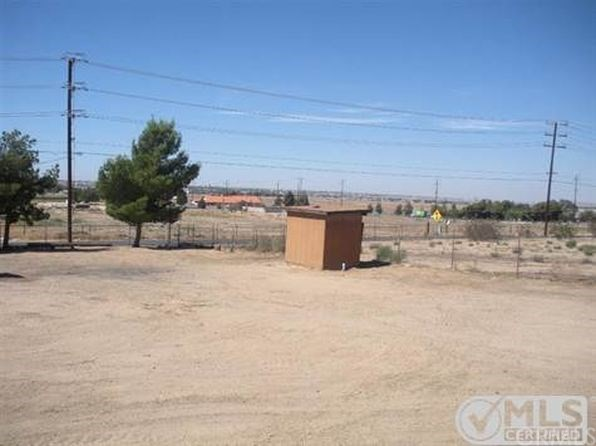 20142 Wisconsin Street Apple Valley, CA 92308 - MLS #: PW18162406