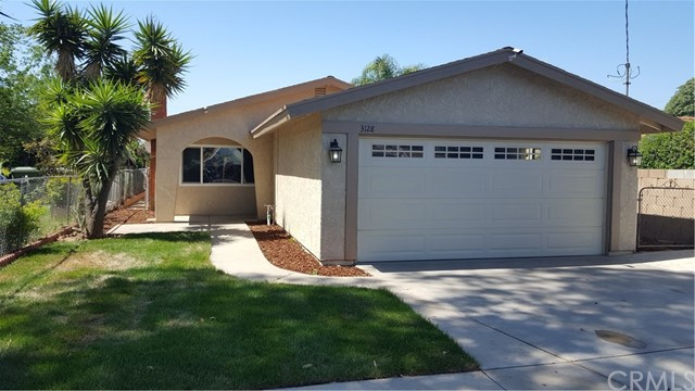 Single Family Home for Sale at 3128 Cary Street Riverside, California 92504 United States