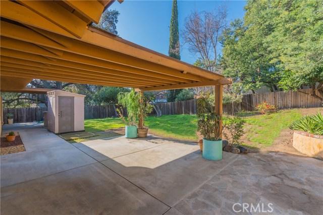 2921 Lake Avenue, Altadena CA: http://media.crmls.org/medias/55dc4a74-545f-4702-8839-9f5570427503.jpg